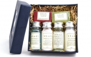 Fashionmate Contest: Fab Give Away of Khadi Ayurvedic products Gift-box for your daily skincare regime this Winter!