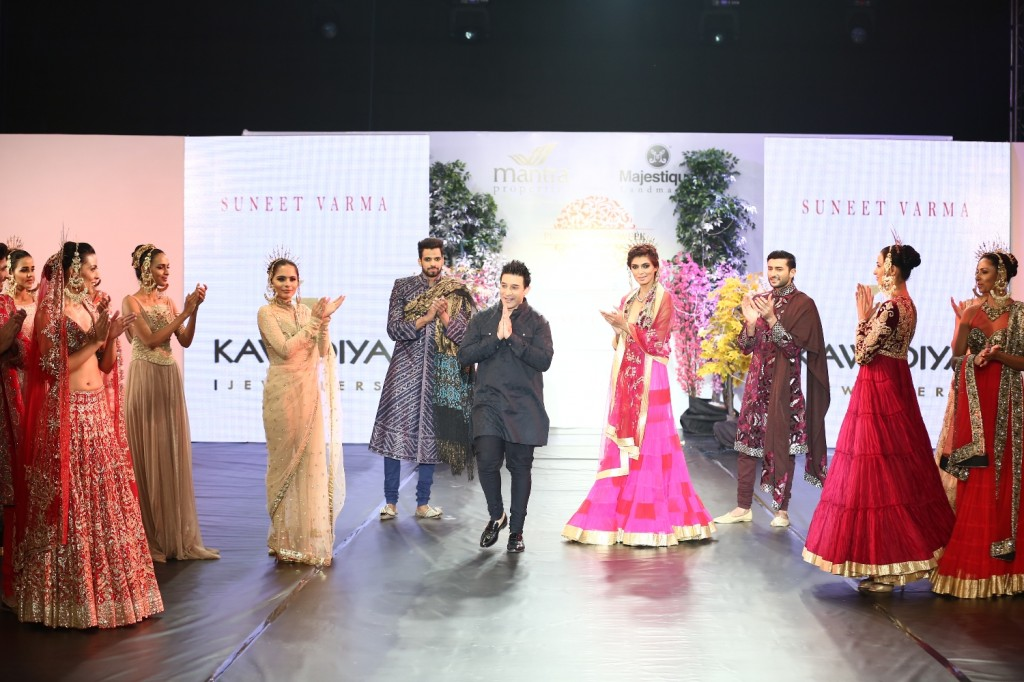 Designer Suneet Verma at Pune fashion week 2014 Grand finale