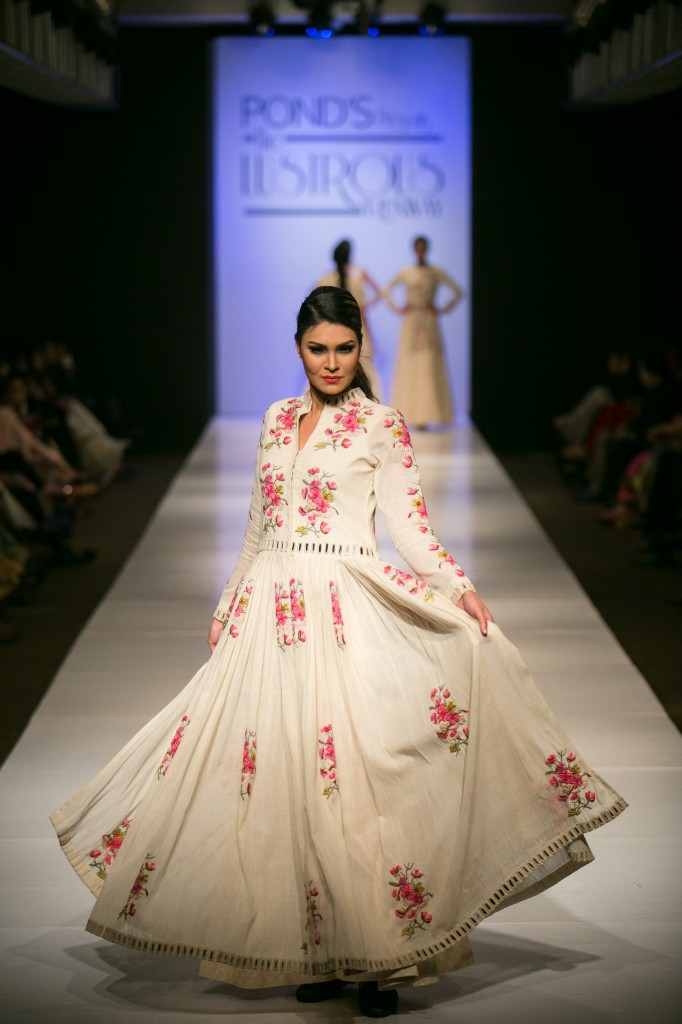 Indian Fashion Blog - Designer Purvi Doshi Collection Winter fall 2014