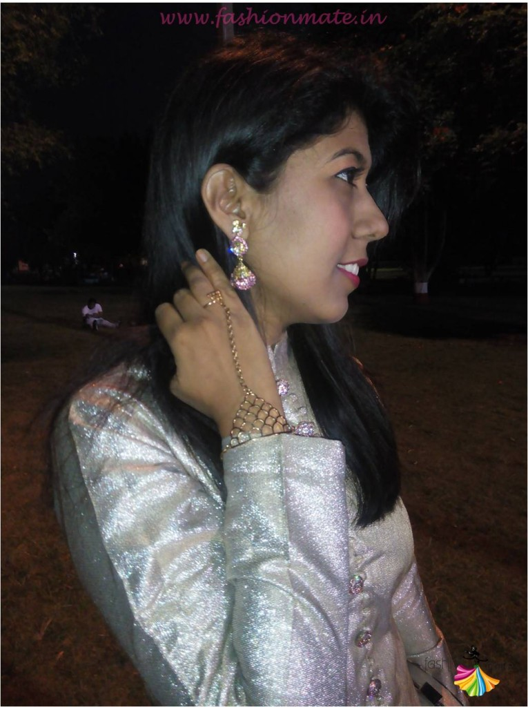Statement bridal accesories - fashion wristlet 2015