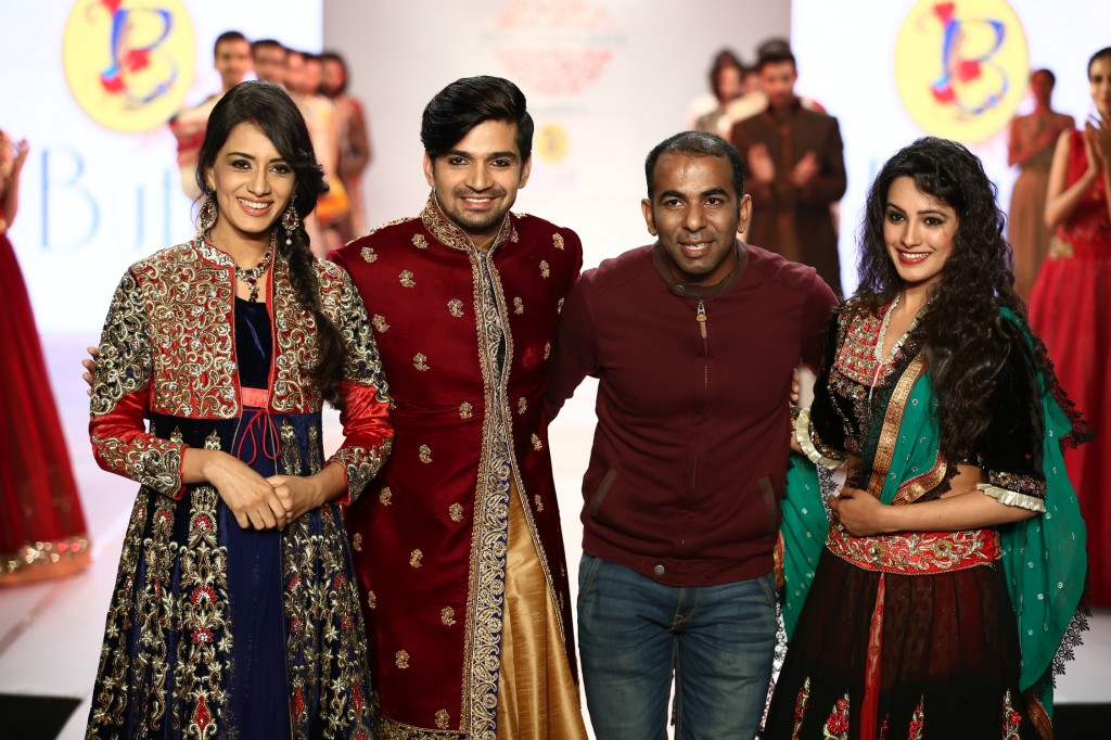 Tv actors Anita, Vishal, Smriti for designer Sharad Raghav at Pune Fashion Week 2014