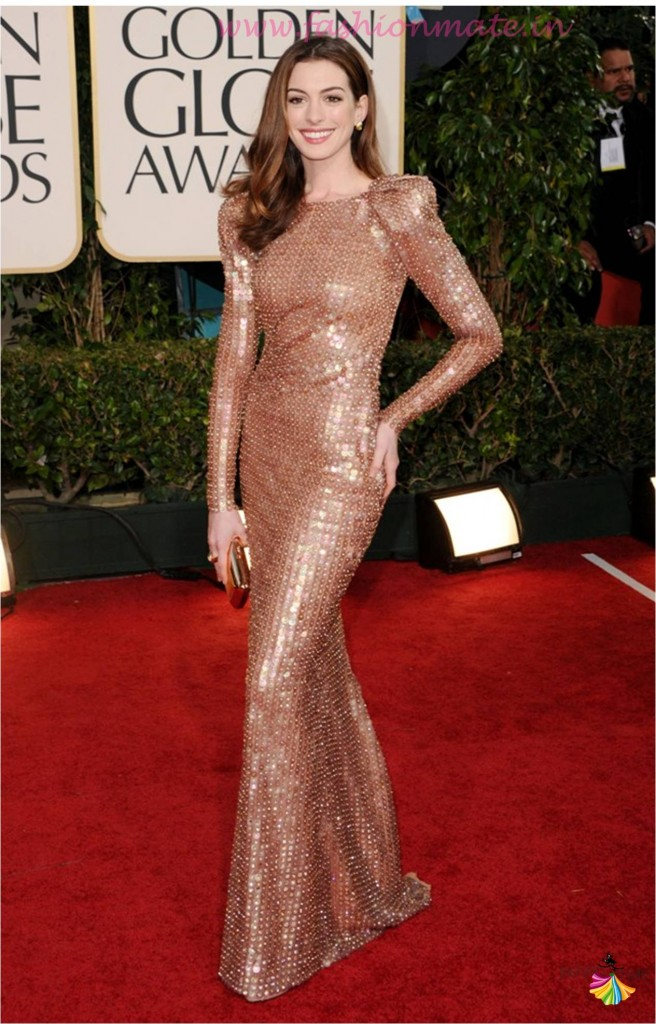Anne Hathaway in armani prive at golden globes 2015