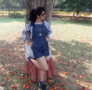 OOTD Denim Dungarees – A Cool Summer Trend