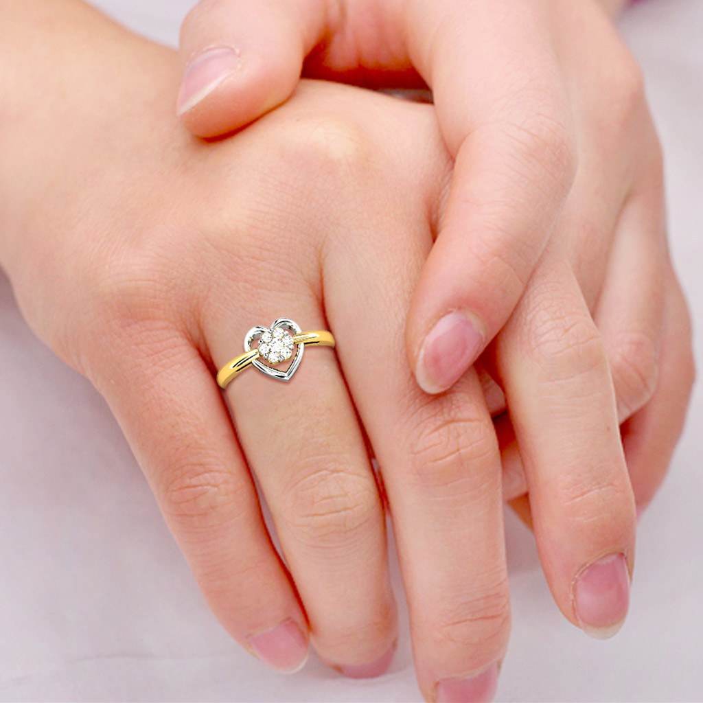 Candere Love Diamond rings Heart shaped