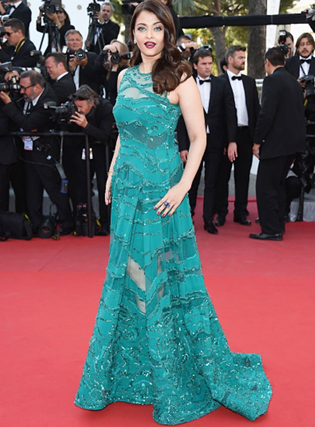 Aishwarya Rai Bachchan in Elie Saab at Cannes 2015