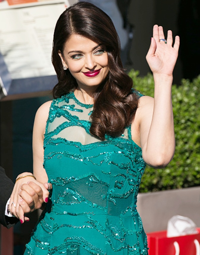 Aishwarya rai celebrity spotting at Cannes 2015