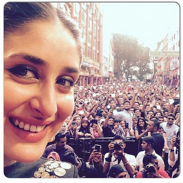 Kareena Kapoor Selfie Instagram Twitter