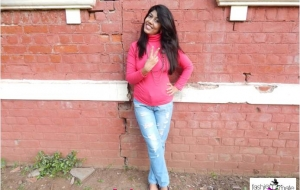 3 different ways to style your Ripped Denims – Day to Night wear