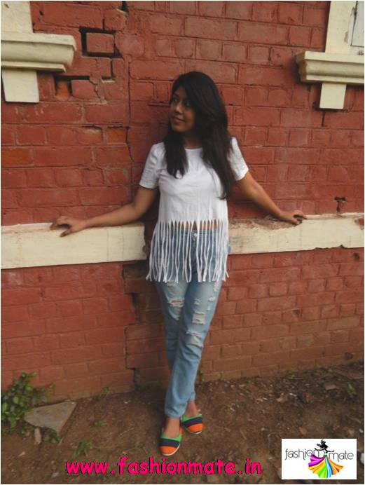 Bohochic look with a fringed top - outfit of the day