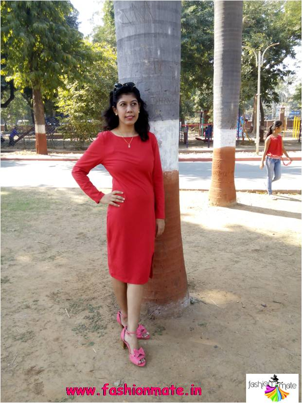 Red colour for Valentine Day fashion outfit