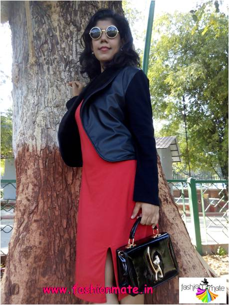 Red colour valentine day outfit ideas