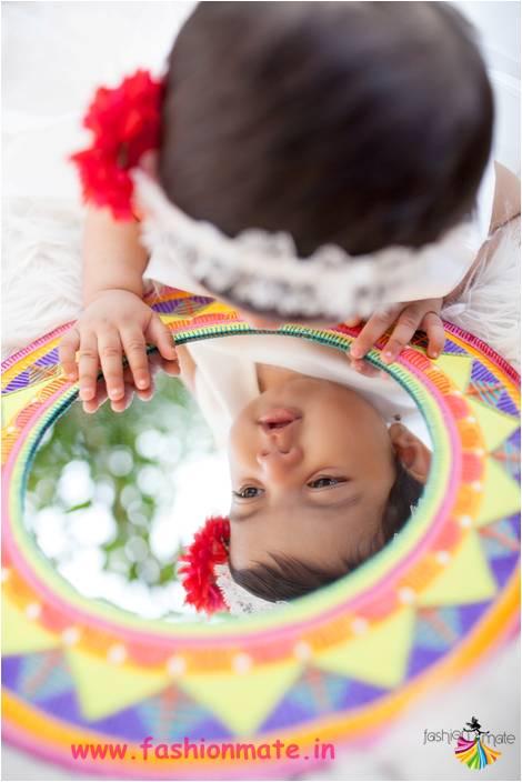 Adorable creative baby girl photo shoot ideas for your 9months old looking into mirror creative diy adorable baby girl solutioingenieria Choice Image