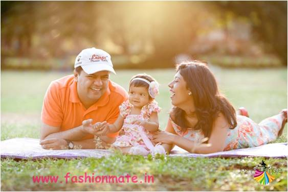 Mom Dad Baby Fun Moments Adorable Photoshoot Ideas