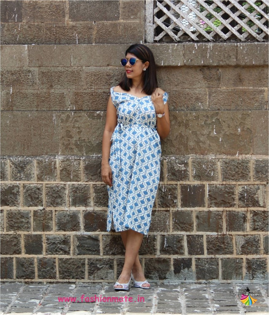 how to style Ethnic kurta into offshoulder shift dress