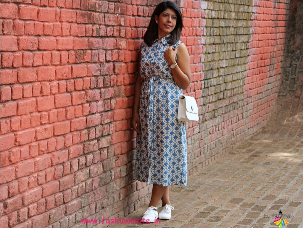 summer fashion trend - Midi summer Dress with collar