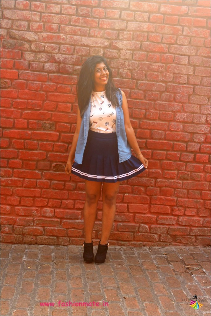 Indian fashion blogger - How to style boots with pleated skirt