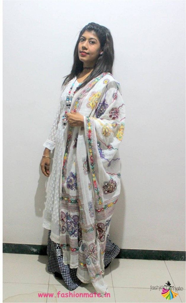 Style tip - Use an ethnic duppata to convert western outfit to traditional look
