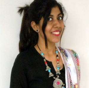 Summer Ethnics – Different ways to style a black Kurta!